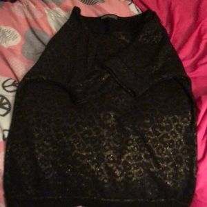 Sparky black leopard top